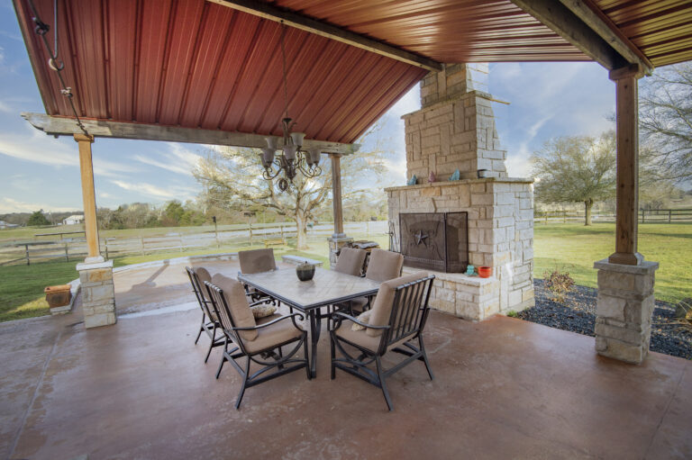 5370-outdoor-living-fireplace