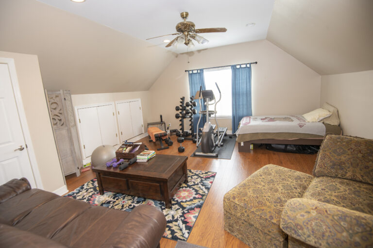 5370-upstairs-bedroom-2-living-workout-room