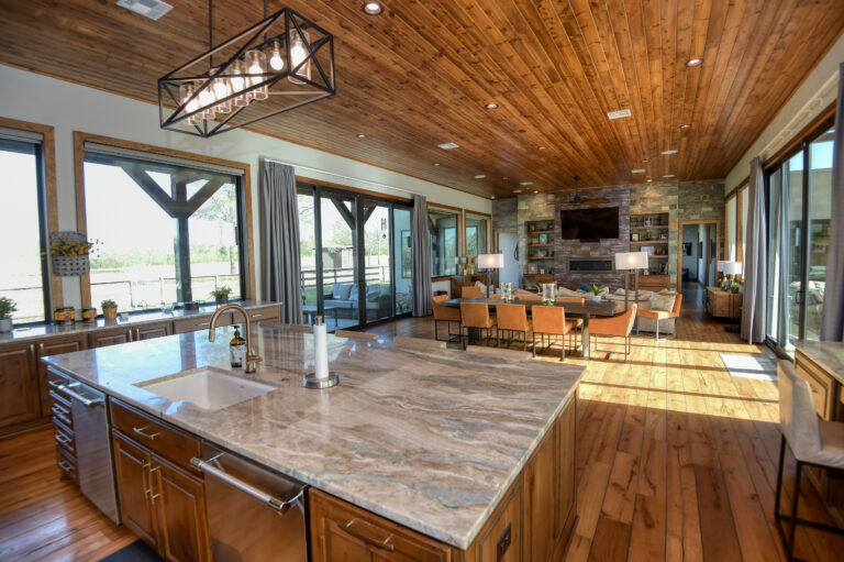Hodde Real Estate Listing 5375 Living and Dining Room