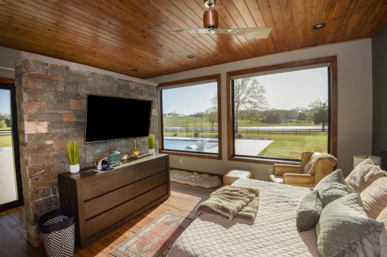 Master Bedroom Listing 5375 Hodde Real Estate