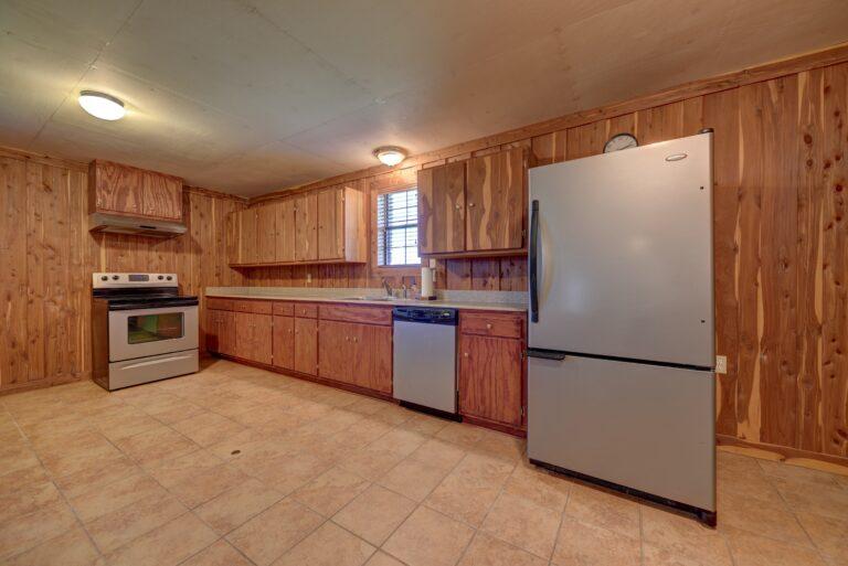 Barn Interior - Kitchen