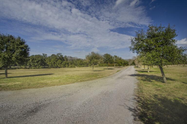 Brenham Party Rental Driveway